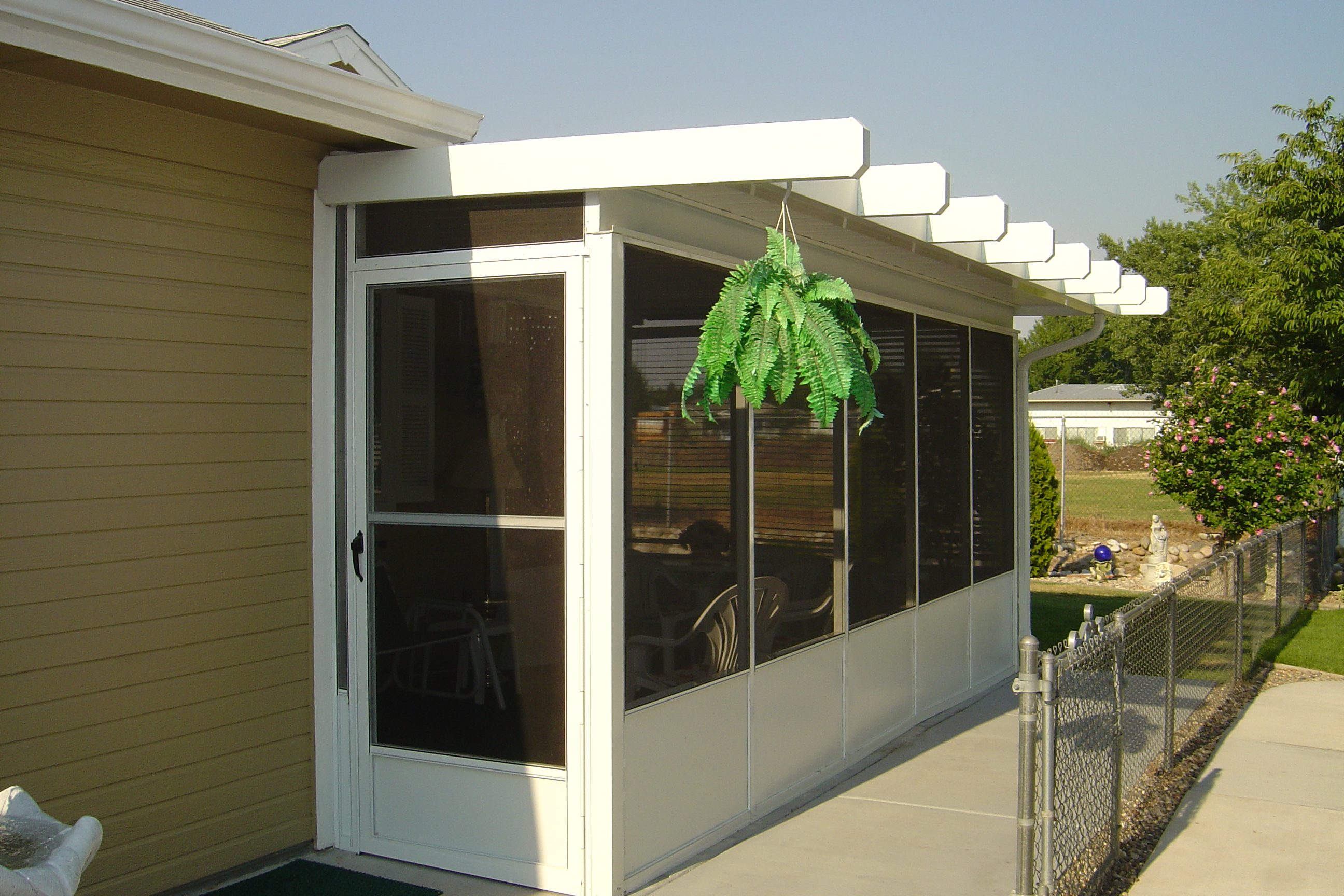 Enclosed Screened Patio Rooms